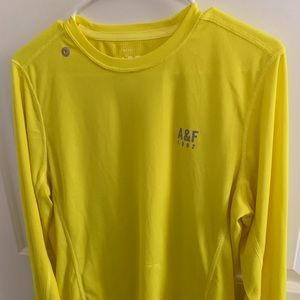 ABERCROMBIE AND FITCH QUICK DRY SPORTS SHIRT
